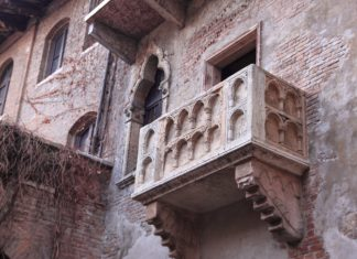 Juliet's balcony in Italy