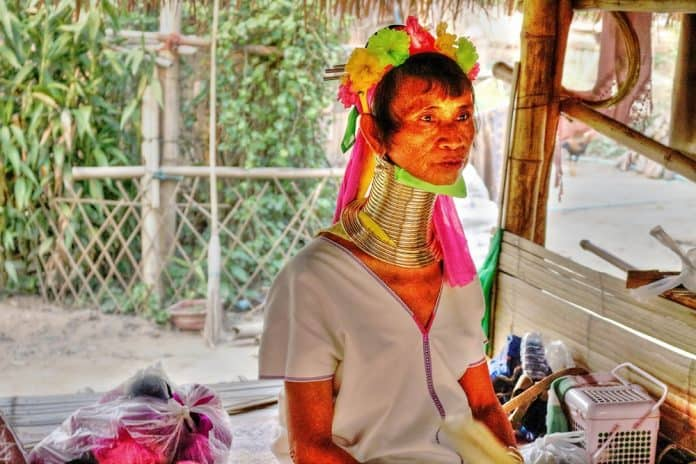Long Neck Kayan Padaung tribe