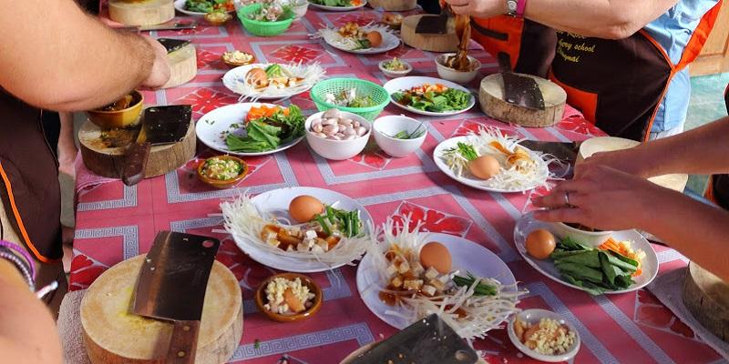 Thai food making of