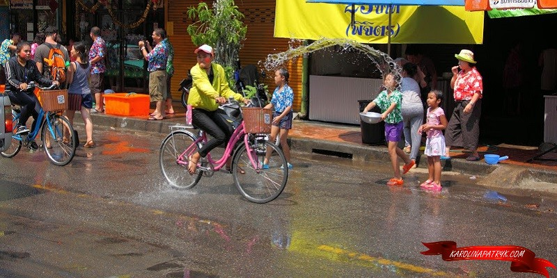 Splashing water at Songkran