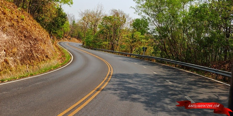 Road to Doi suthep