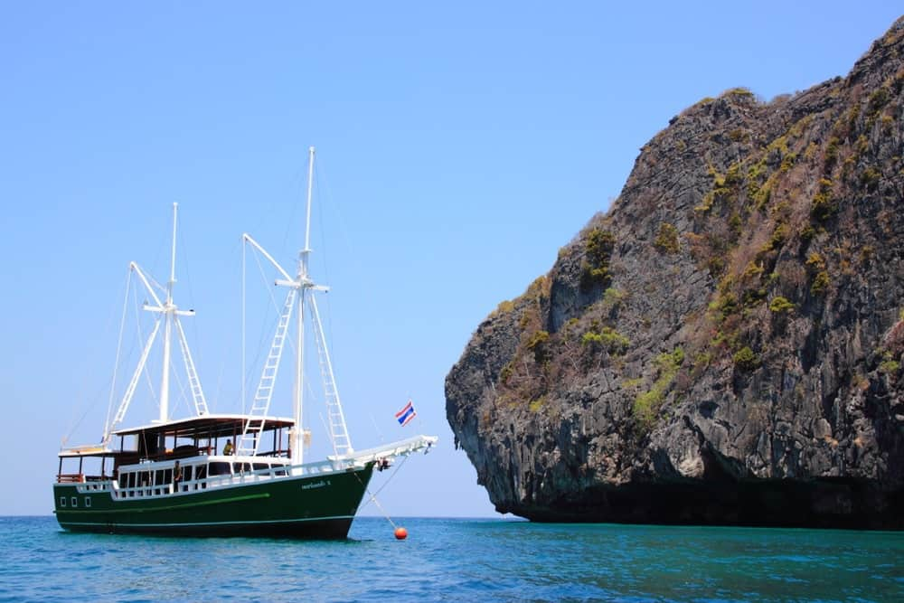 Phuket Spa Boat