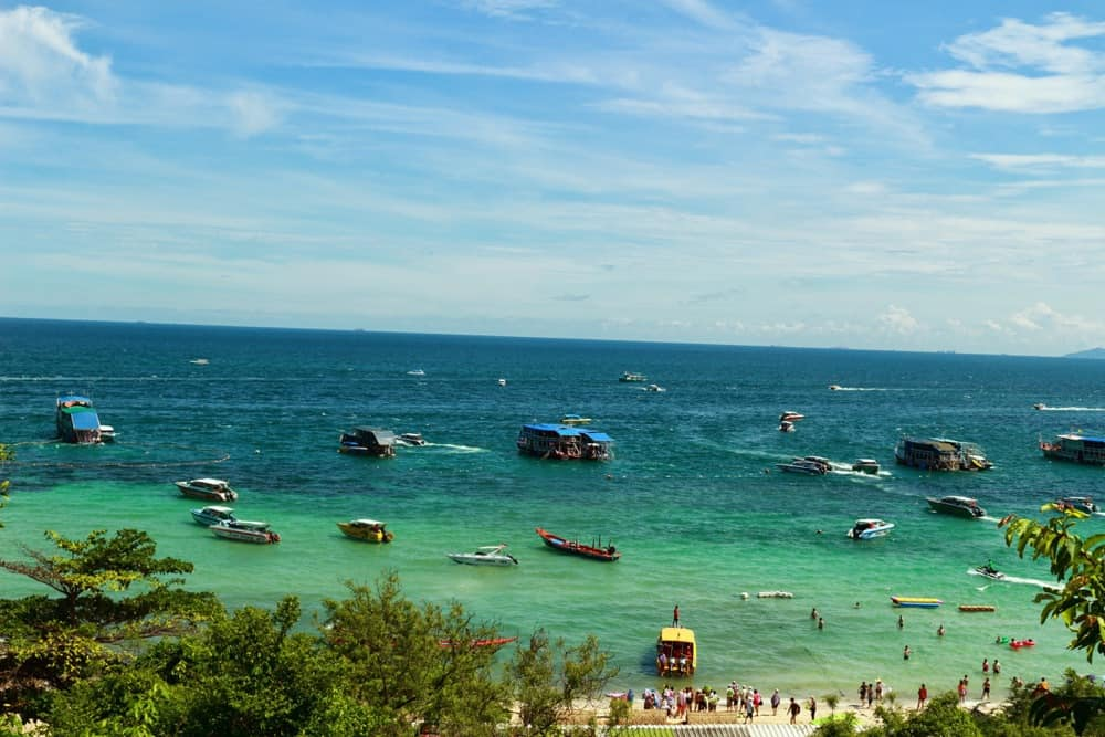 Crystal clear sea water of Koh Larn island