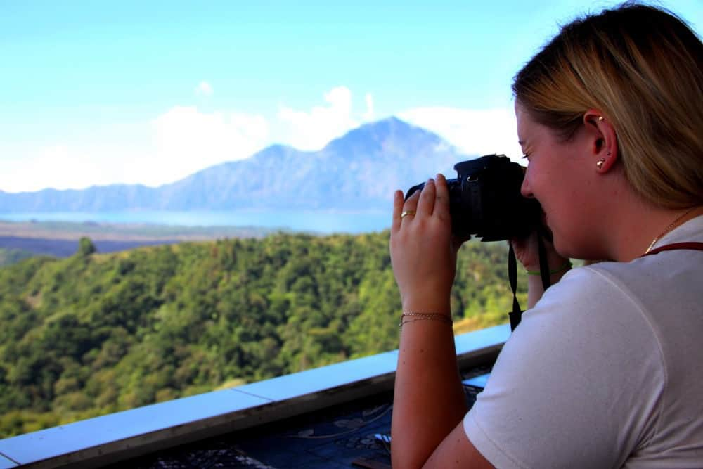 Travel blogger taking photos
