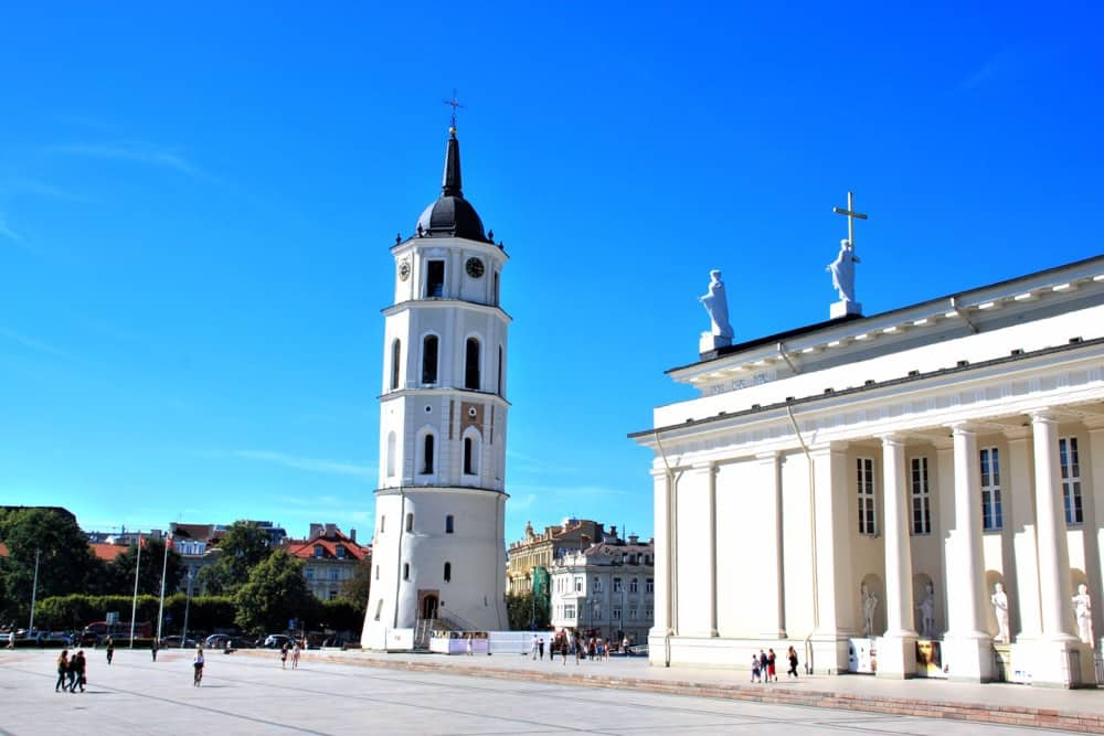 Cathedral Square Vilnius guide