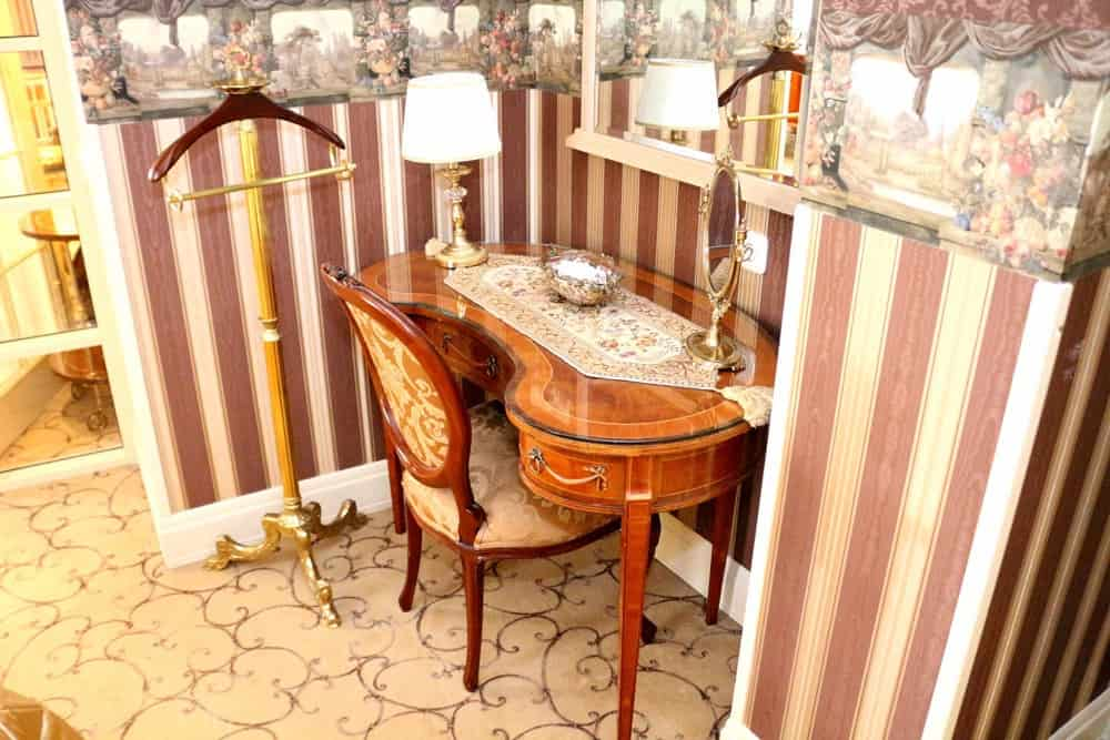 Dressing table at Ramada Hotel Vilnius