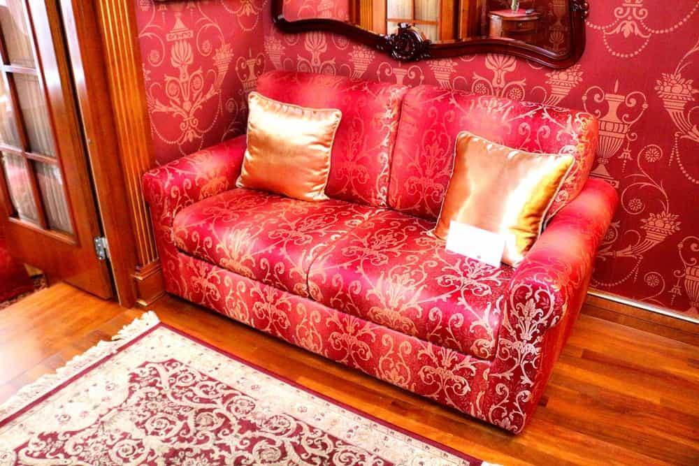 Queen suite in Ramada