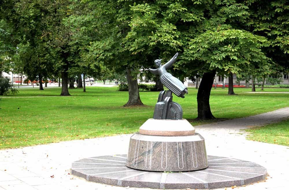 Vyturys statue Durskininkai