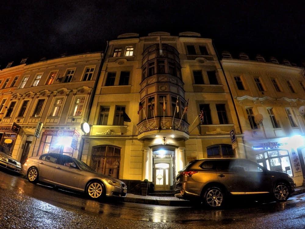 Hotel Derby Karlovy Vary at night