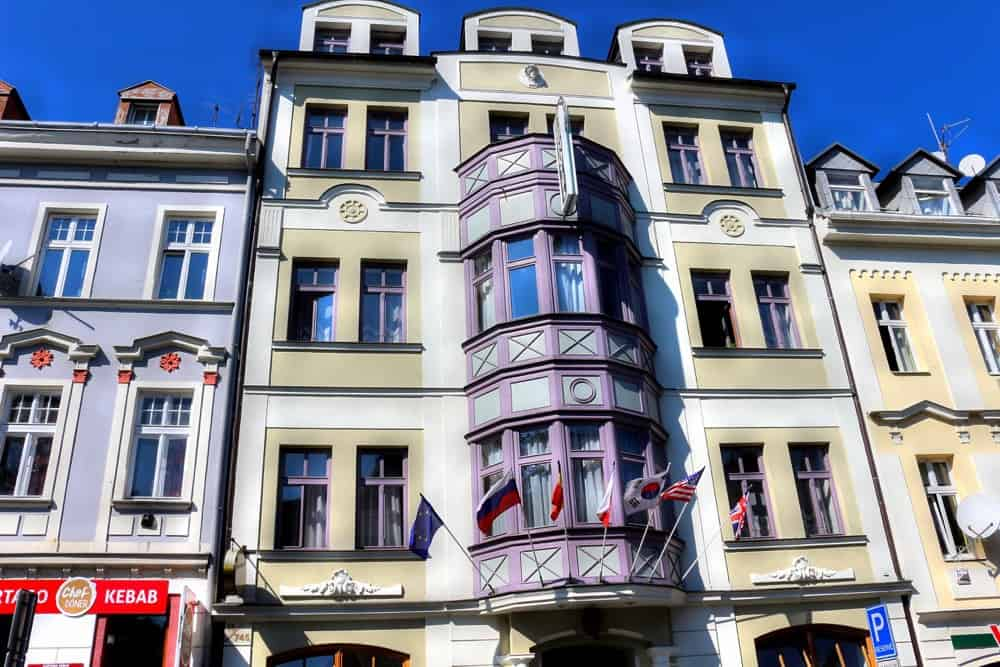 Hotel derby karlovy vary review for Derby hotels