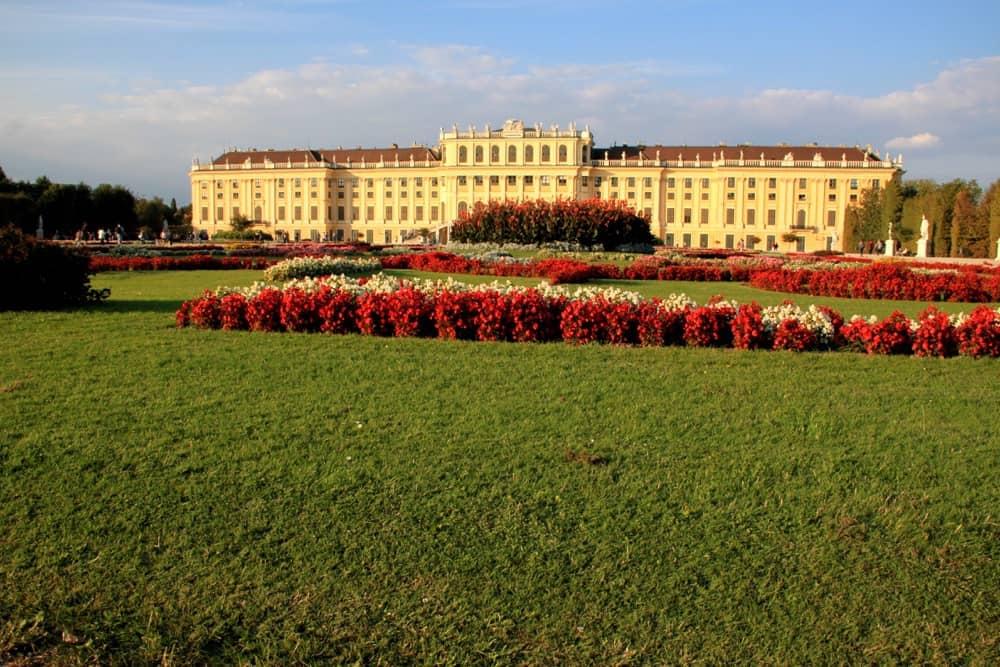 viennese-schonbrunn-palace