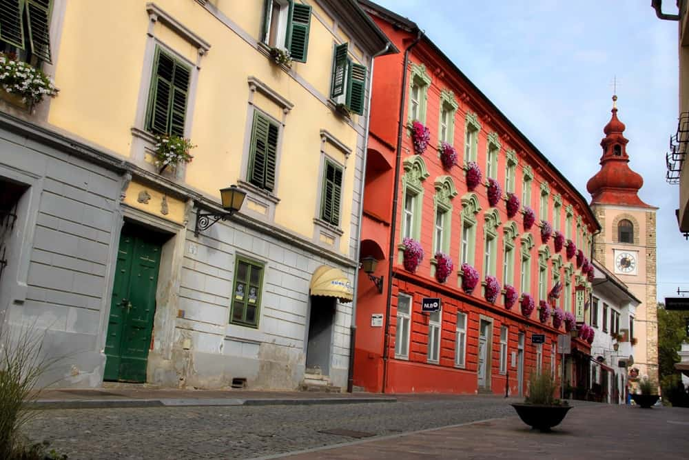 ptuj-old-town-buildings-copy