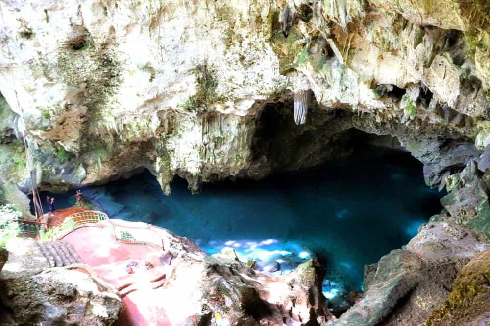 caves-cuba