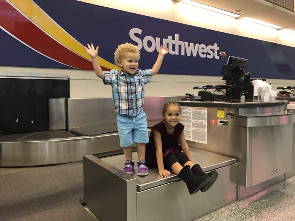 child-airport