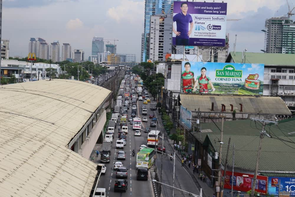 Manila traffic jam - Interesting Philippines facts