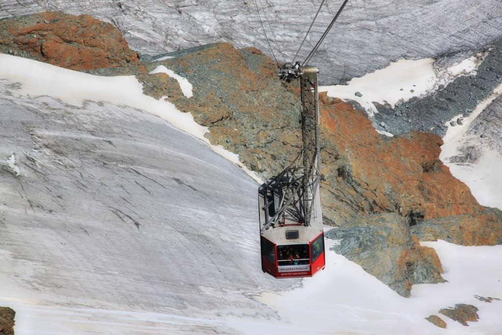The cable cars in Zermatt are super romantic!