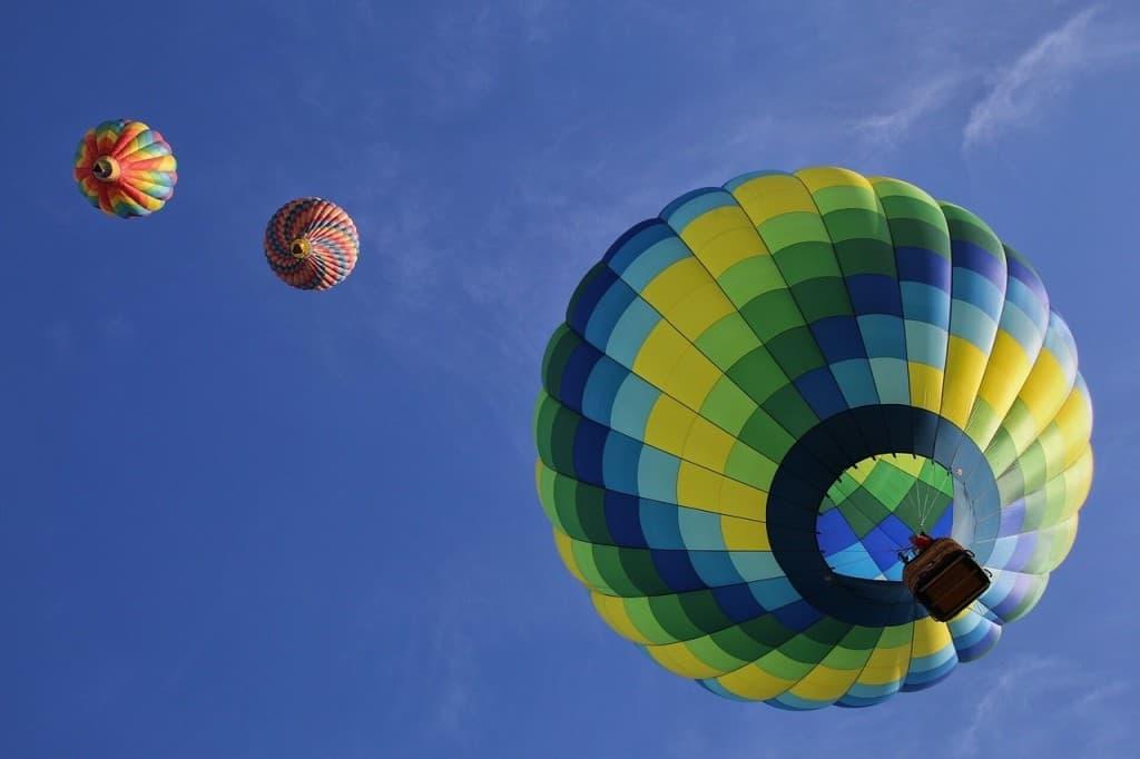 Fun things to do in Spain: hot air balloon