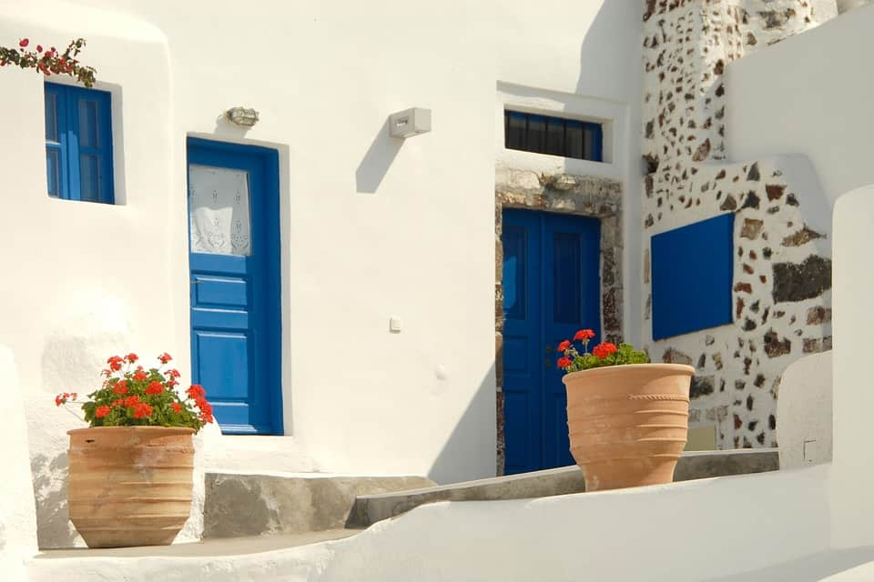 Greeks paint doors and windows blue
