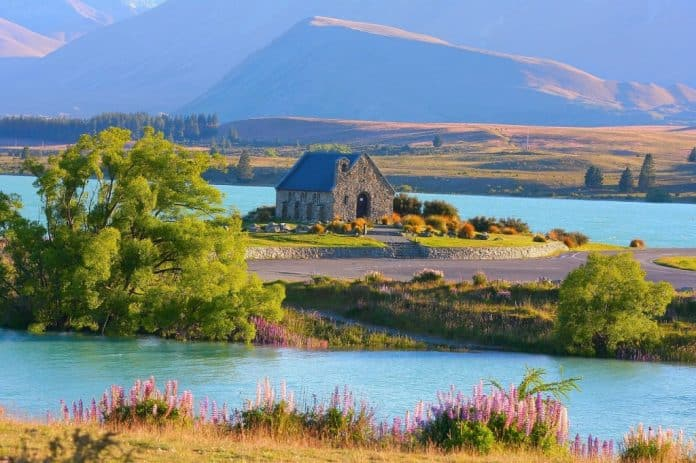 new zealand romantic place lake tekapo