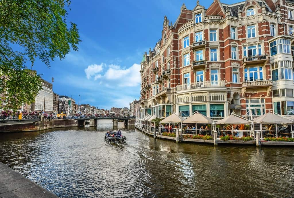 Amsterdam romantic city