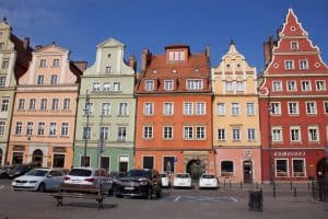 Plac Solny colorful buildings