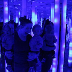 mirror labirynth mom and toddler