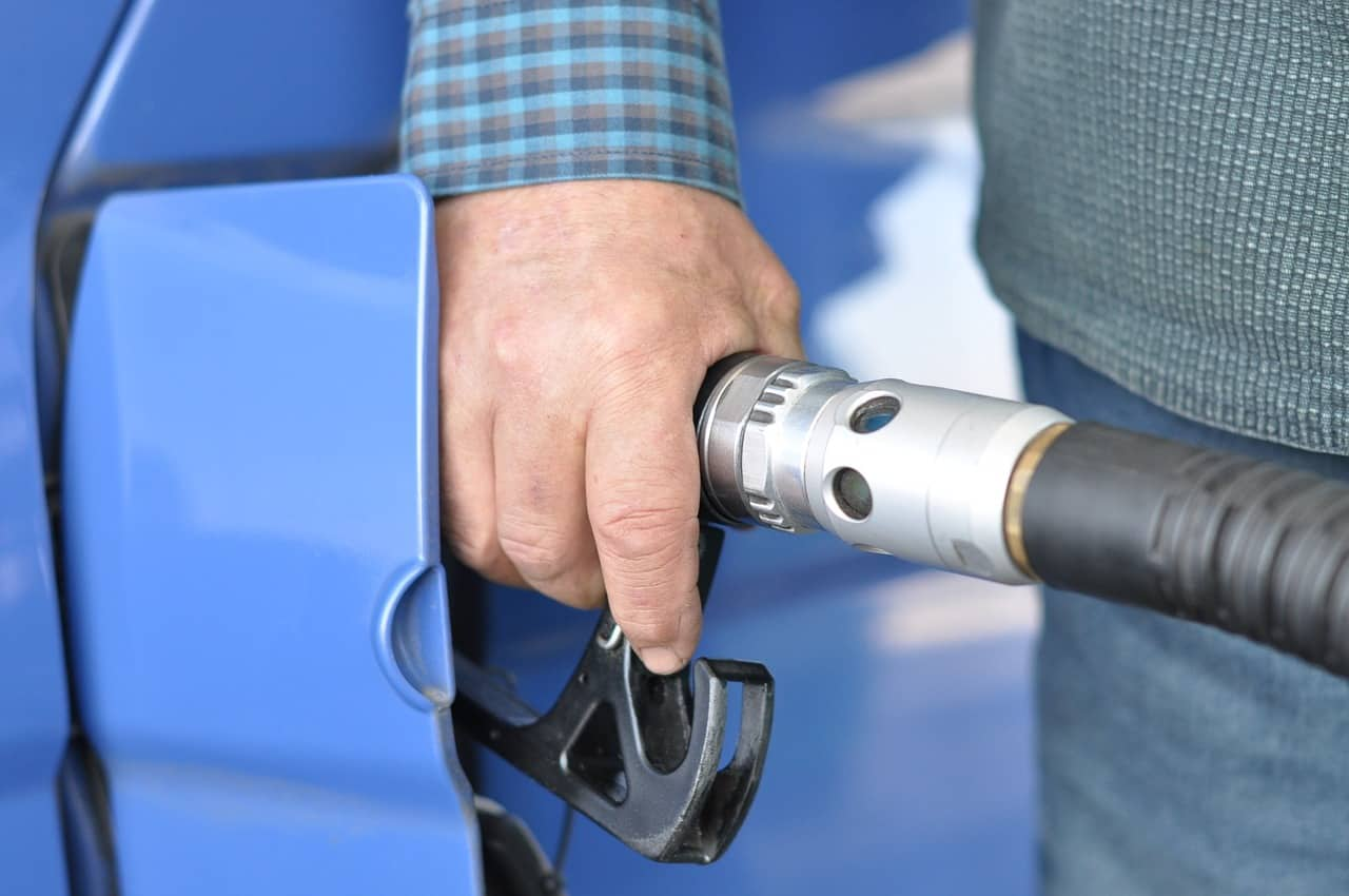 how to save fuel on a family trip to Australia