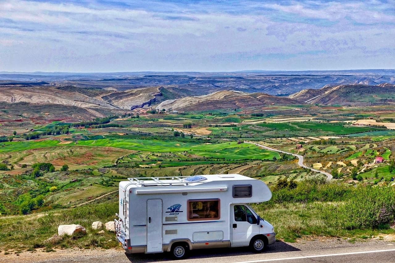 travel around Australia in a campervan